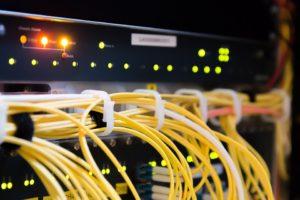 Komputerowy i serwerowy sprzęt zastępczy
